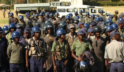 Zim police intensify clampdown against HRDS, raid and seize social media outlet's computers