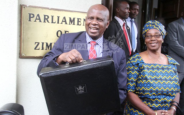 'No quick fix to cash shortages'