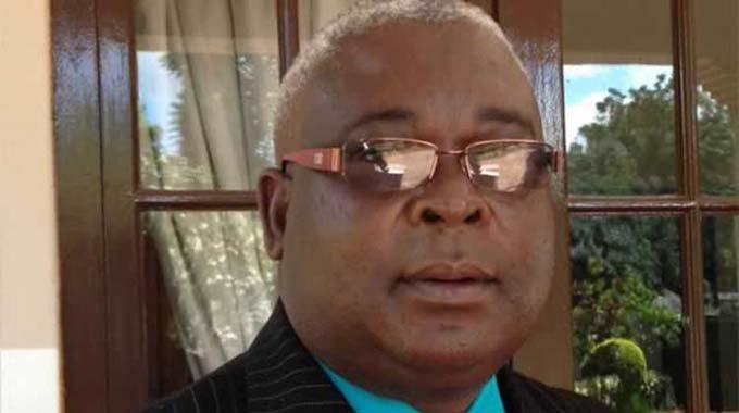 Mudzuri seeks legal opinion