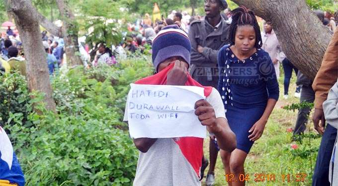 JUST IN: GZU students demonstrate over fees increase