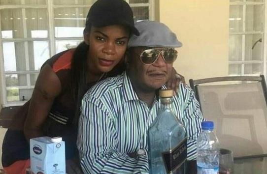 Zim's old, rich guys & their trendy pretty wives