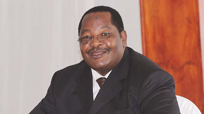 Obert Mpofu named in Hwange land grab