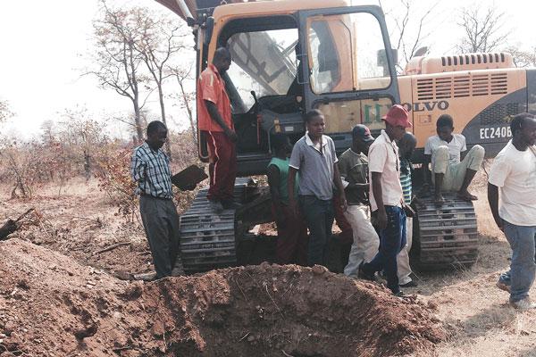 'Police grabbed army mines Mafia style'