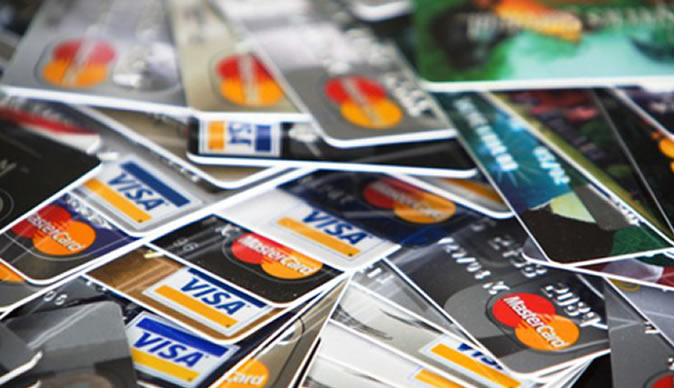 Banks move to curb card fraud