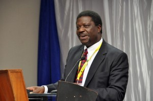 Govt engages private sector in effort to grow industry