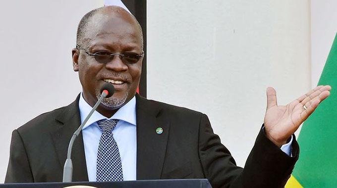 Magufuli hails Zim
