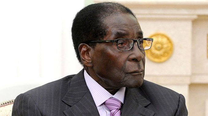 Mugabe in Singapore amid health fears