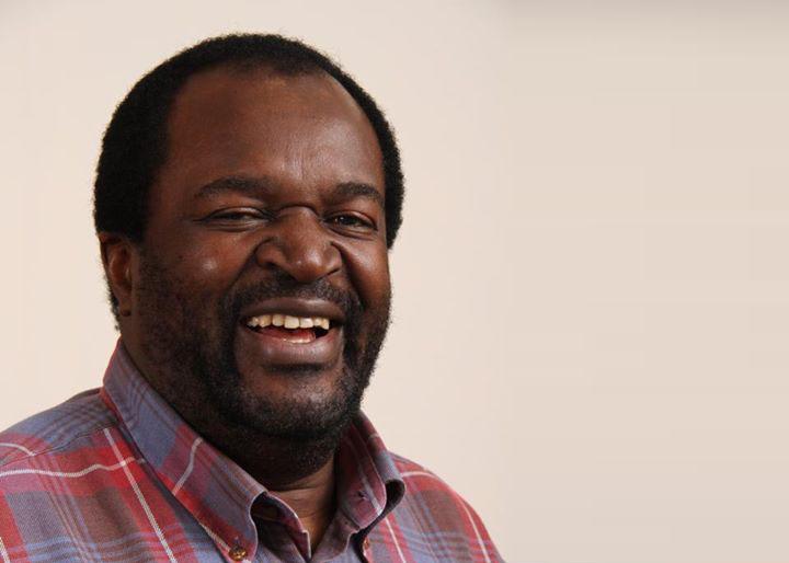Makamba dribbles Mlotshwa, partners