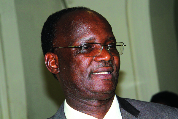 Jonathan Moyo defends Chamisa