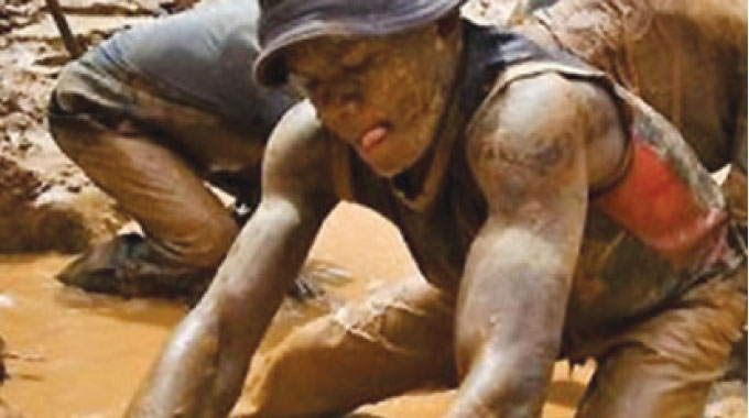 Govt shelves mining fees for small scale miners