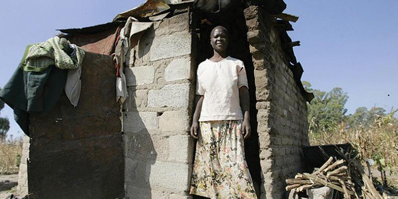 '5 million Zimbos live in extreme poverty'