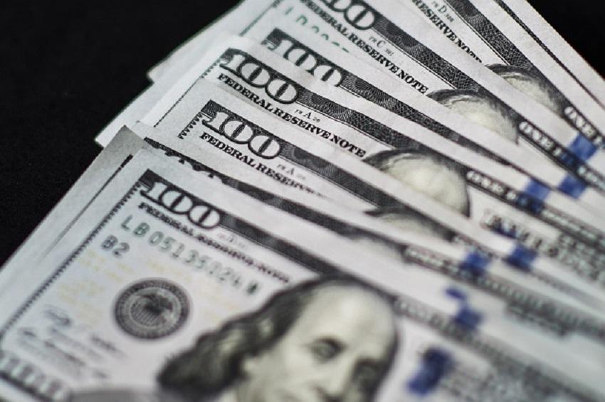 RBZ freezes US dollar supply to banks