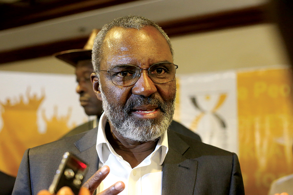 Electorate begs me for beer, T-shirts: Nkosana Moyo