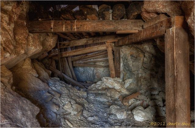 Mine shaft collapse kills one, injures three
