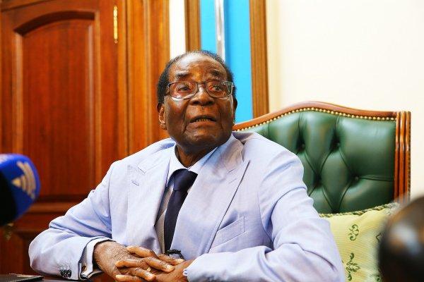 Mugabe in major climbdown over Mnangagwa