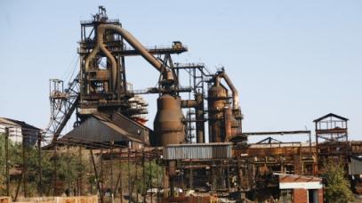 Steelmakers in trouble over debt