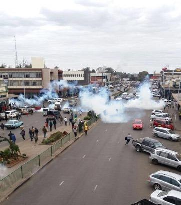 Govt, vendors clash