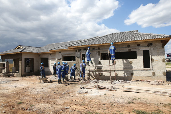 Government urged to prioritise local contractors - Zimbabwe Situation