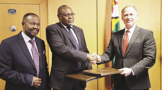 US firm inks $1bn investment deal