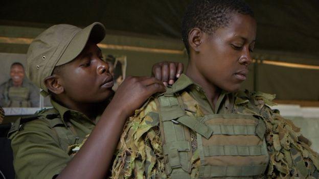 Nyaradzo Hoto (L) and Petronella Chigumbura, award-winning Zimbabwe anti-poaching rangers prepare for work, 13 November 2018