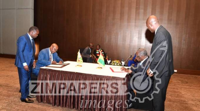 JUST IN: Zim, Guinea sign agreements