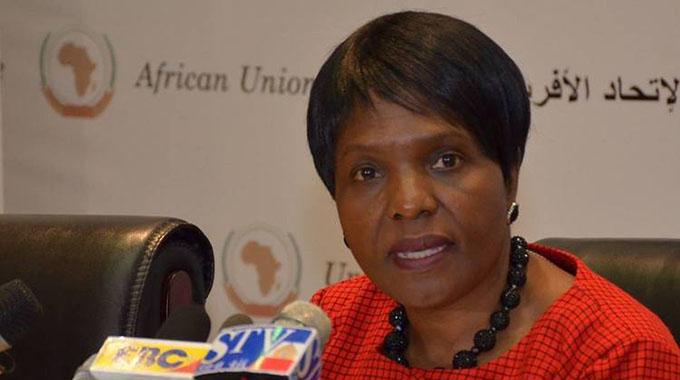 Anthology traces transition from Rhodesia to Zimbabwe