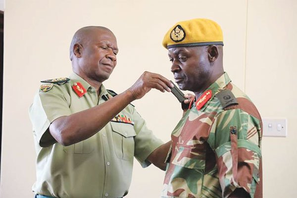 Presidential-Guard-commander-Brigadier-General-Anselem-Nhamo-Sanyatwe.jpg