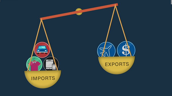 Trade deficit drops