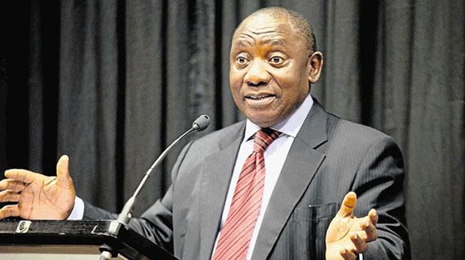 SA President Ramaphosa Zim-bound