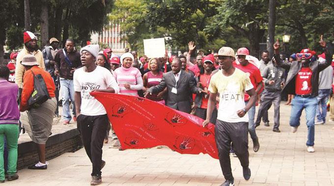 UPDATED: MDC thugs attack ZBC journalist
