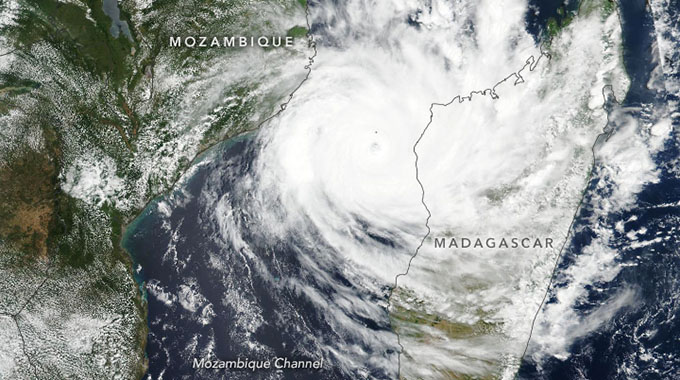 Govt dismisses cyclone rip-off