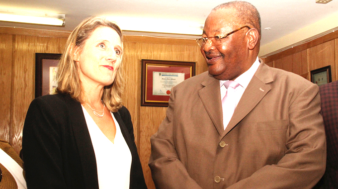 British envoy commends Zim reforms