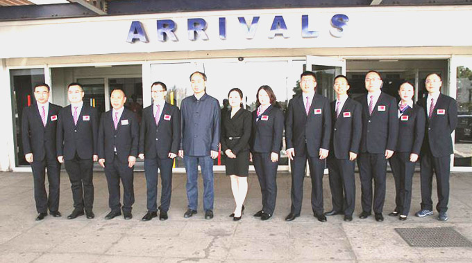 10 Chinese doctors arrive