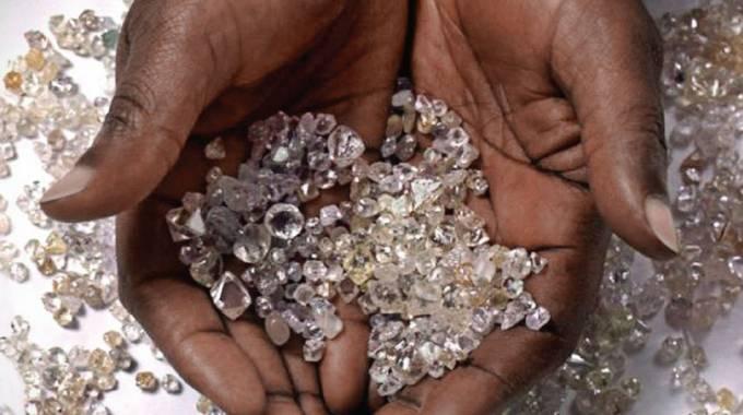 Private diamond sales to boost revenues