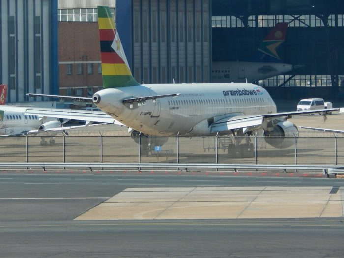Air Zimbabwe A320 at JNB