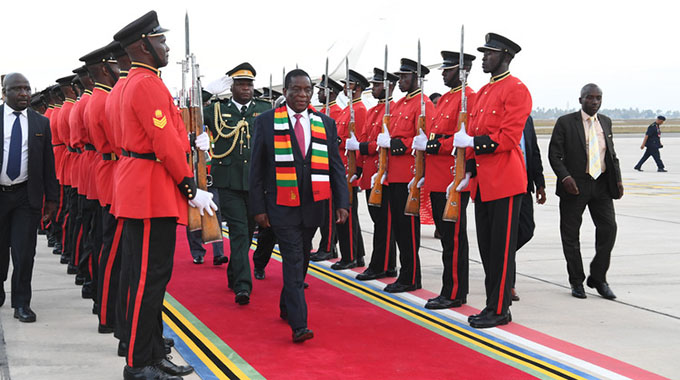 UPDATED: ED arrives in Tanzania for Sadc Summit