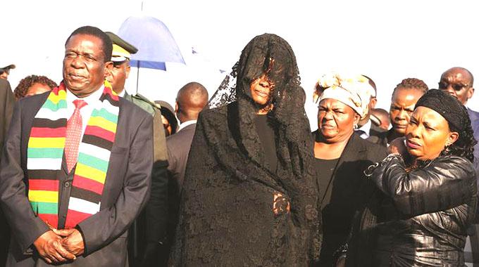 ED welcomes Mugabe's body