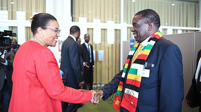 JUST IN: ED meets Commonwealth SG