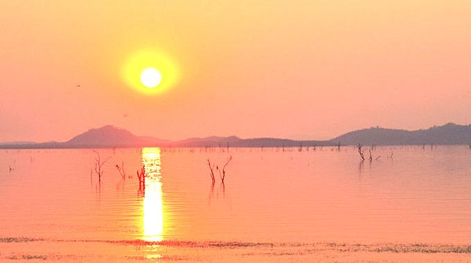 Zim, Zambia urged to reduce rigs on Lake Kariba