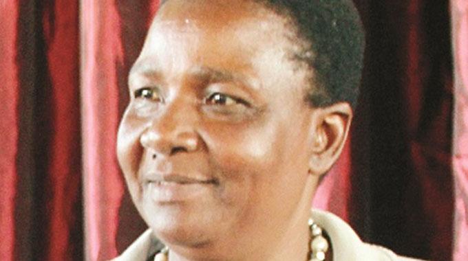 Govt to recruit 5 000 teachers