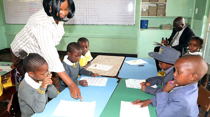 JUST IN: Govt to recruit 5 000 teachers