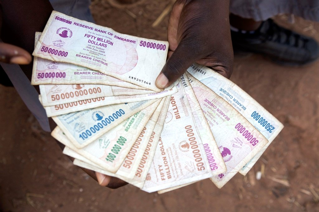 A moneychanger at the Chirundu border post between