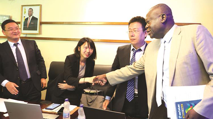 Chinese delegation meets Shiri