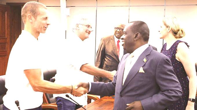 Uefa boss pledges to market Zimbabwe