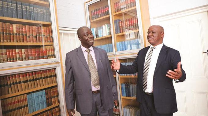 Strengthen graft investigation tactics, Zim urged