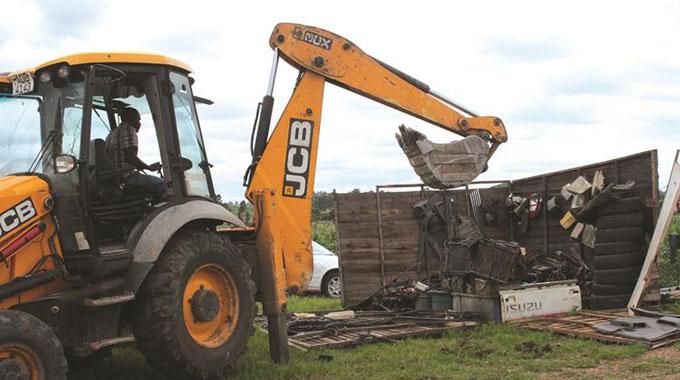 Council demolishes illegal roadside businesses