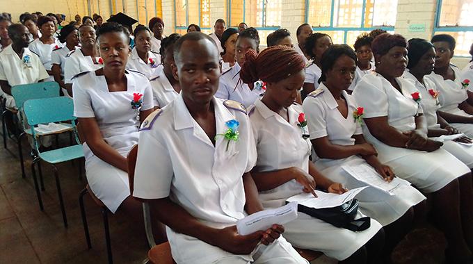 Govt to recruit 900 nurses