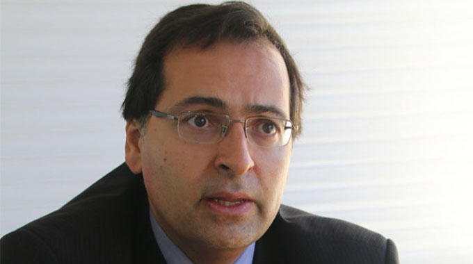 IMF reviews Zim economic outlook