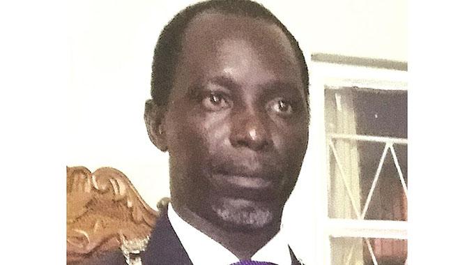 Victoria Falls mayor arrested