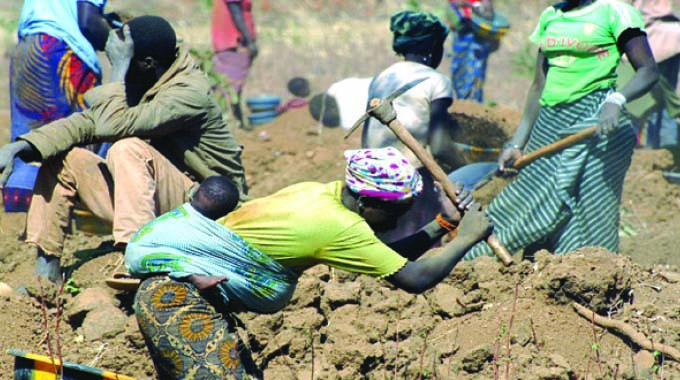 Women miners more vulnerable to machete attacks